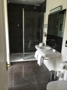 The Grasmere Hotel - Beatrix room