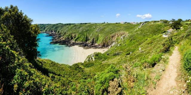 Guernsey beach.jpg